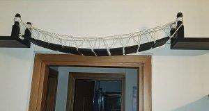 Κρεμαστή γέφυρα για γάτες