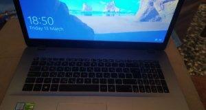 Πουλαω Laptop Asus VivoBook 17