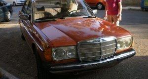 Mercedes 1977 τυπος 230(βενζινη@αεριο )