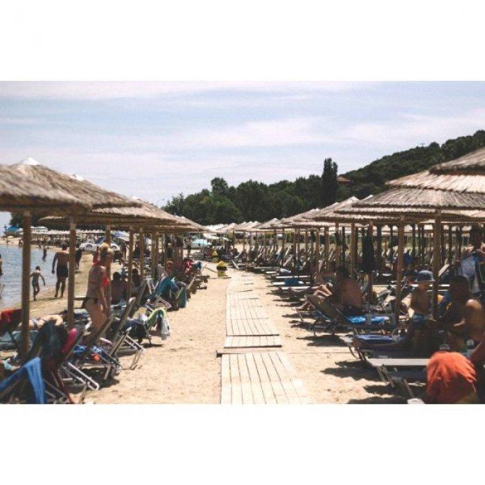 πωλουνται ποσοστα σε επικερδη επιχειρηση beachbar στην χαλκιδικη