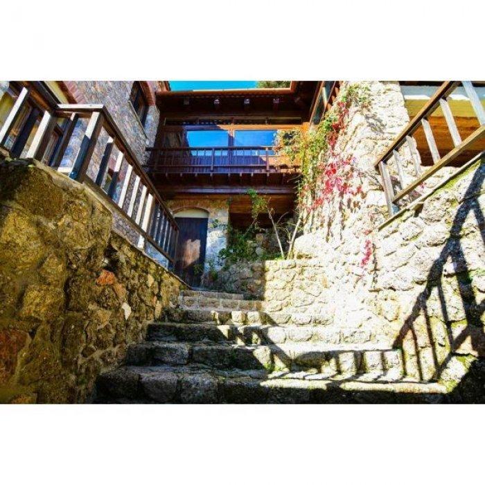 Πώληση Ξενοδοχειακής μονάδας 1.890τ.μ. Κορινθία » Ξυλόκαστρο » Μέση συνοικία Τρικάλων